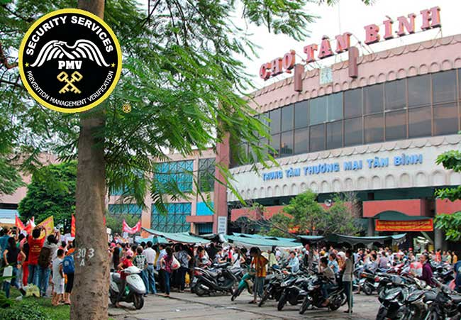 Bảo vệ cho khách hàng tại Tân Bình